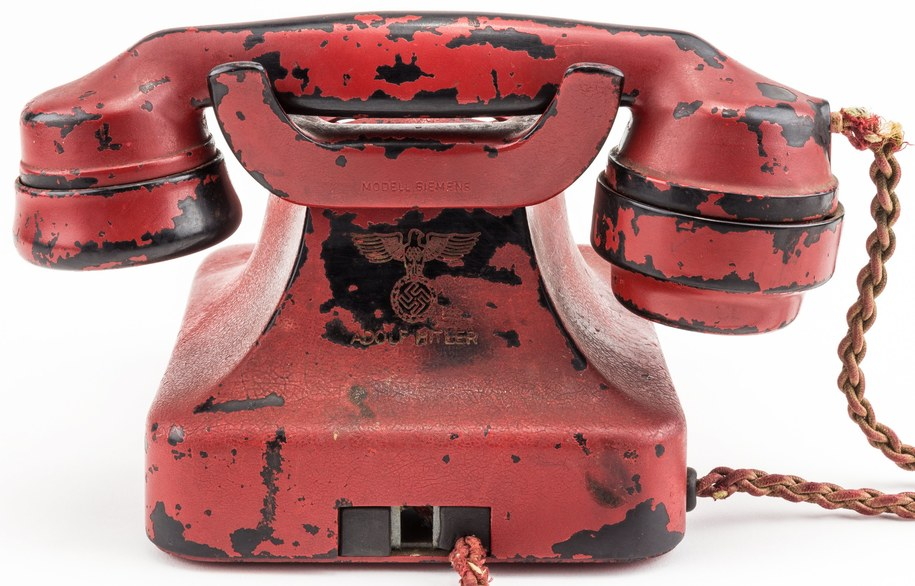Telefon Hitlera sprzedany na aukcji /PAP/EPA/ALEDXANDER HISTORICAL AUCTIONS / HANDOUT /PAP/EPA