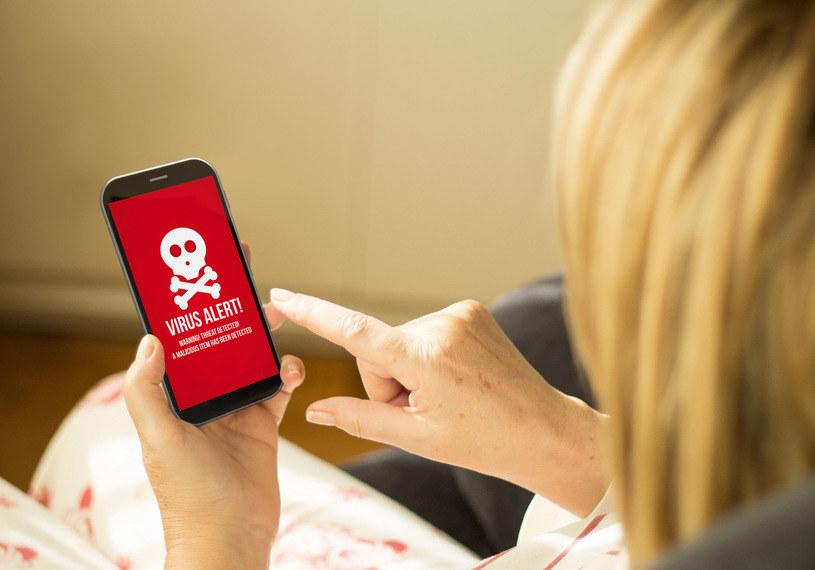 Telefony komórkowe są atakowane przez nowy rodzaj zagrożeń co dziesięć sekund /123RF/PICSEL