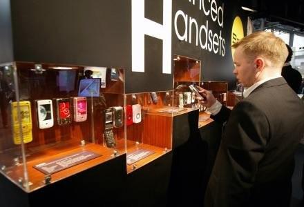 Telefony korzystajace z 4G to tylko kwestia kilku miesięcy /AFP