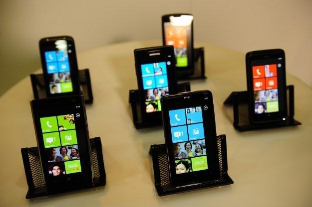 Telefony z kolejną wersją Windowsa otrzymają ekrany wysokiej rozdzielczości? /AFP