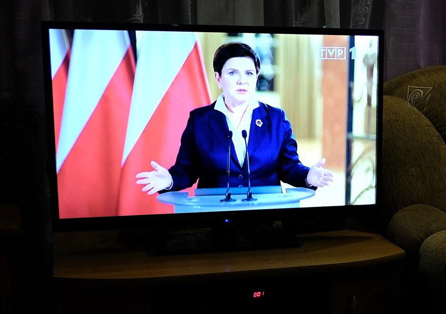 Telewizyjne wystąpienie premier Beaty Szydło /PAP/Darek Delmanowicz /PAP