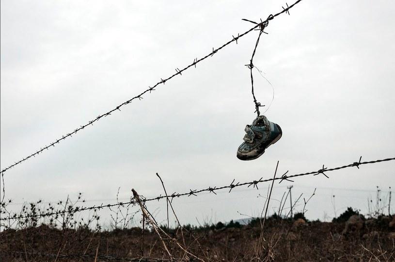 """""""Ten bucik to historie tysięcy syryjskich dzieci"""" /Michał Zieliński  /"""