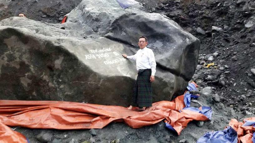 Ten jadeit waży ok. 175 ton /fot. U Tint Soe, udostępnione przez niego zdjęcie /materiały prasowe