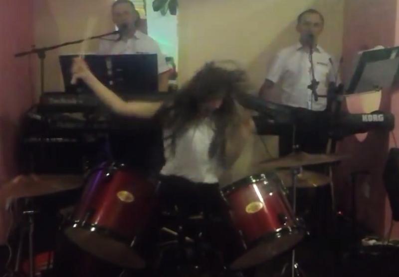Ten występ był naprawdę bardzo żywiołowy! /Mariusz Tomasz /YouTube