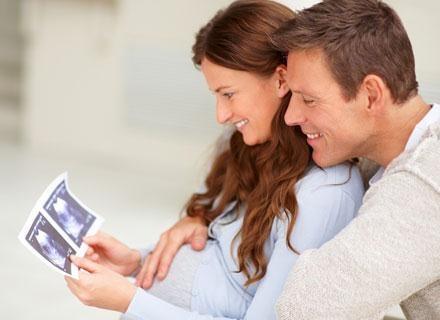 Teoretycznie wiesz, co cię czeka podczas porodu, jednak pozostaje parę drażliwych spraw /© Panthermedia