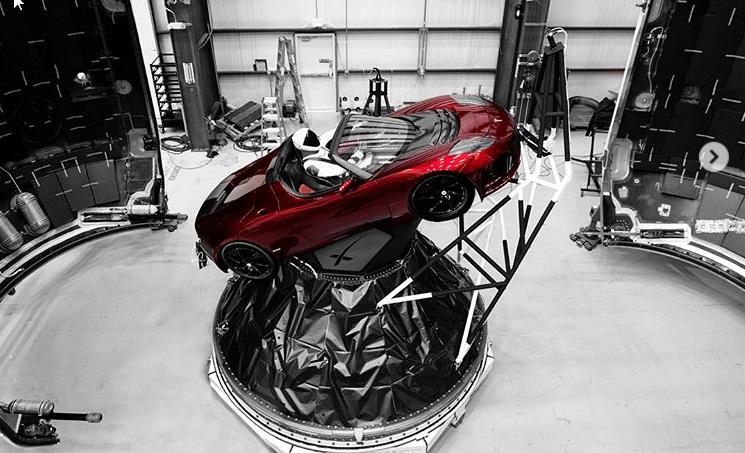 Tesla, która poleci w kosmos /