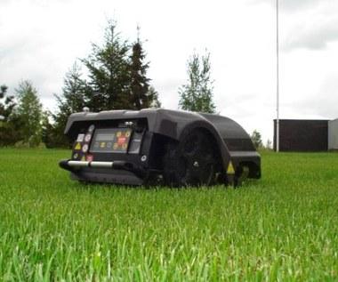Test Autoclip 520 - automat do koszenia trawy