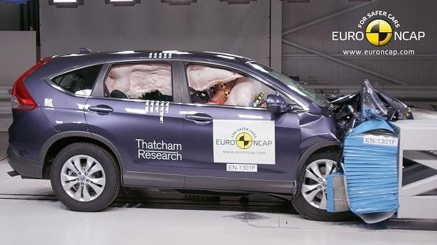 Test zderzeniowy Hondy CR-V /Euro NCAP