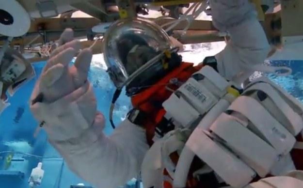 Testy nowego skafandra /NASA