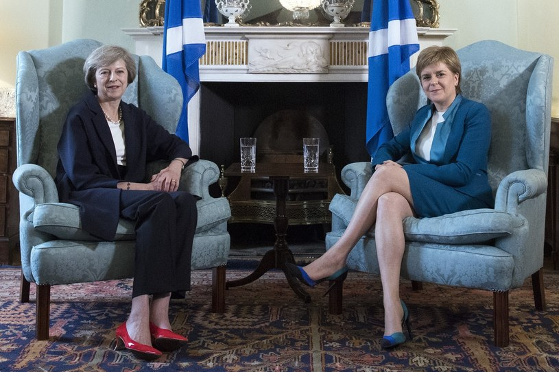 Theresa May i Nicola Sturgeon /Photoshot    /East News