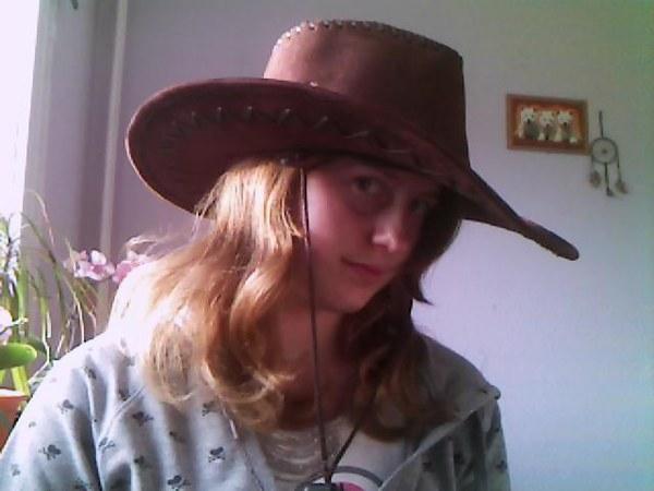 Kapelusz kowbojski był super w szkole,miałam najlepszy kostium kowbojki i wyglądałam nawet super:***