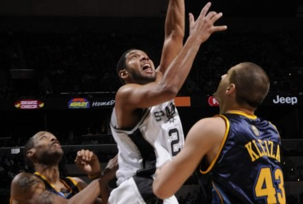 Tim Duncan w akcji/fot. D. Clarke Evans /Getty Images/Flash Press Media