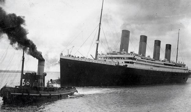 Titanic wypływa z portu /AFP