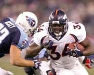 Titans - Broncos 16-37. Ruben Droughns zdobył trzy przyłożenia dla ekipy z Denver /AFP