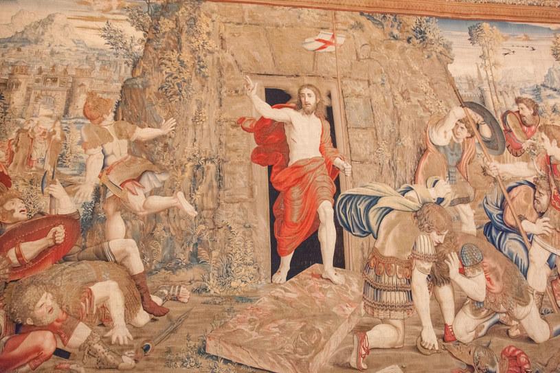 Tkaniny w Muzeum Watykańskim na podstawie obrazu Rafaela Zmartwychwstanie Jezusa /123RF/PICSEL