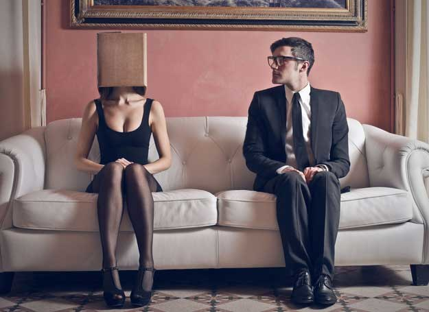 Tłumiony wstyd może prowadzić do przemocy domowej... /123RF/PICSEL