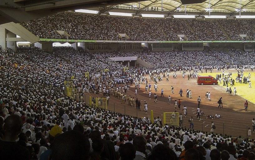 Tłumy na stadionie w Abudży /PAP/EPA