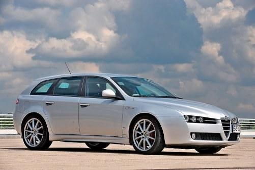To bez wątpienia najlepszy model Alfy Romeo produkowany po 2000 r. /Motor