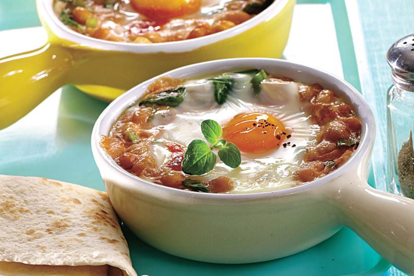 To dość ciężkie ale i pożywne śniadanie /©123RF/PICSEL