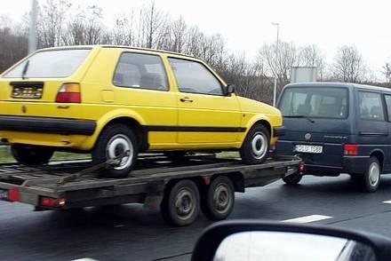 To jeszcze auto czy już złom? / Kliknij /INTERIA.PL