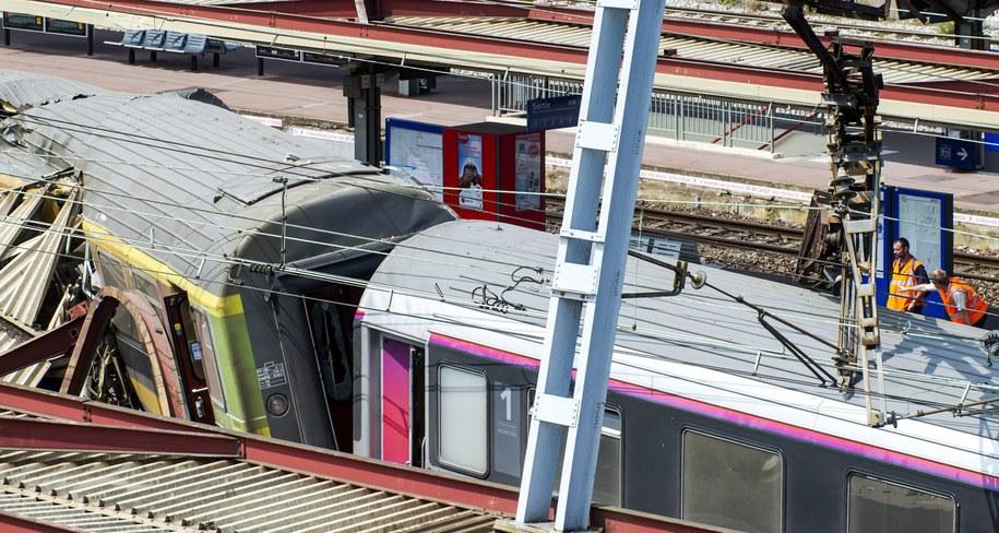 To największa katastrofa kolejowa we Francji od 25 lat /ETIENNE LAURENT /PAP/EPA