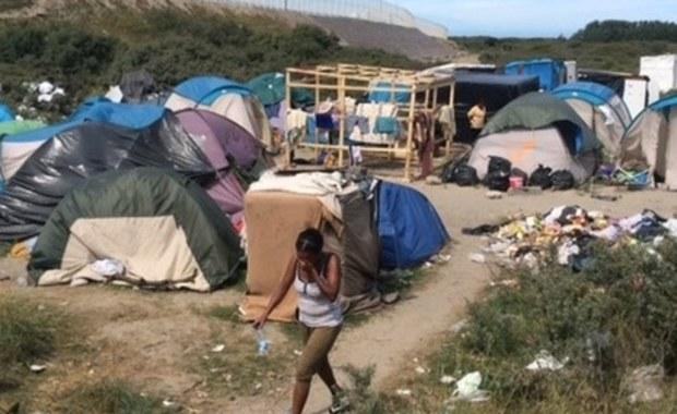 """""""To tylko retoryka"""". Wiceszef MSW o naciskach unijnego komisarza ws. przyjęcia uchodźców"""