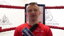 """Tomasz Adamek tłumaczy się ze słów na temat """"lania kobiet"""". Wideo"""