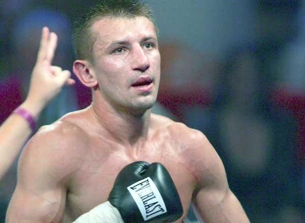 Tomasz Adamek to jedno ze sportowych odkryć roku w naszym kraju Fot. Marek Biczyk /Agencja Przegląd Sportowy