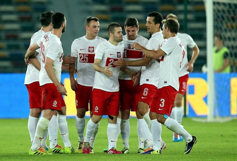 Tomasz Brzyski (w środku) strzelił pierwszego gola w meczu z Norwegią /PAP/EPA