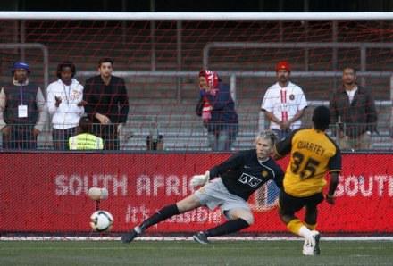 Tomasz Kuszczak ma małe szanse, aby wrócić do bramki Manchesteru United. /AFP
