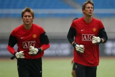 Tomasz Kuszczak ma szansę grać, bo Edwin van der Sar doznał kontuzji i musi pauzować /Getty Images/Flash Press Media