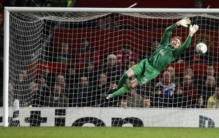 Tomasz Kuszczak nie jest bez szans w walce o miejsce w bramce Man Utd. /AFP