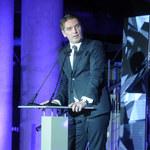 Tomasz Lis w doskonałym humorze na imprezie! Pogodził się z odejściem z TVP?