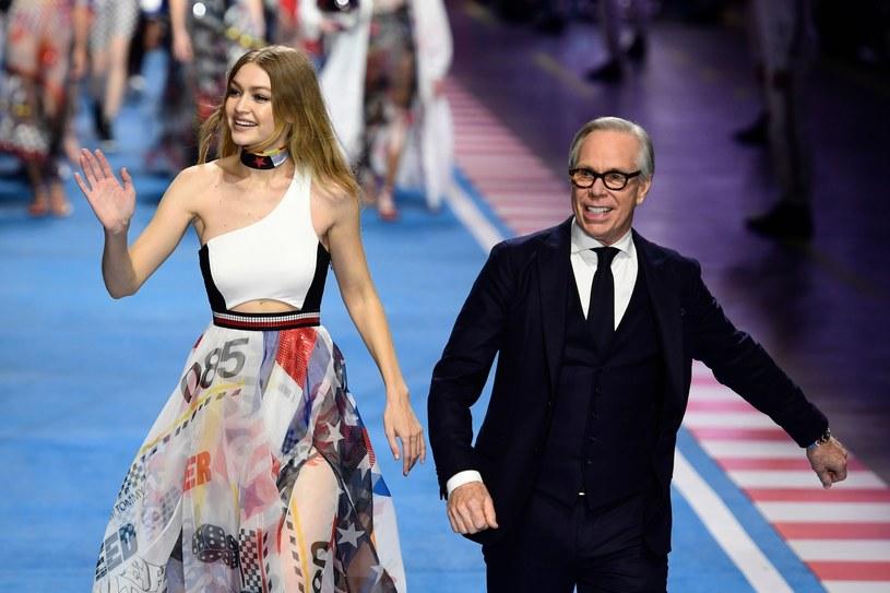 Tommy Hilfiger znów zaskoczył świat mody! /East News