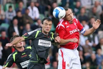 Toni Golem (z lewej) w walce z Arkadiuszem Głowackim,FOT.Tomasz Markowski /Agencja Przegląd Sportowy