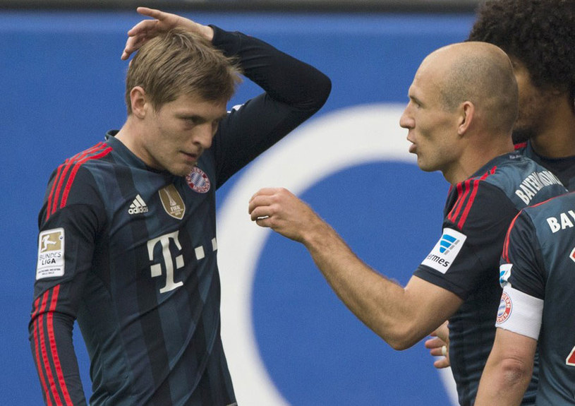Toni Kroos i Arjen Robben /AFP