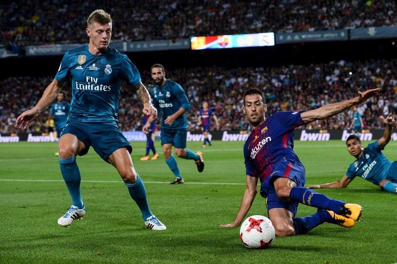 Toni Kroos podczas meczu o Superpuchar Hiszpanii z Barceloną na Camp Nou /AFP
