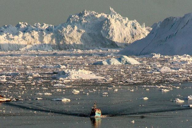 Topniejący lód /AFP