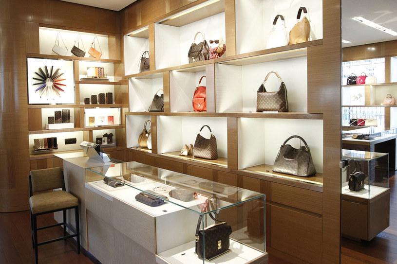 Torebki marki Louis Vuitton znajdziesz w domu handlowym Vitkac w Warszawie /AKPA