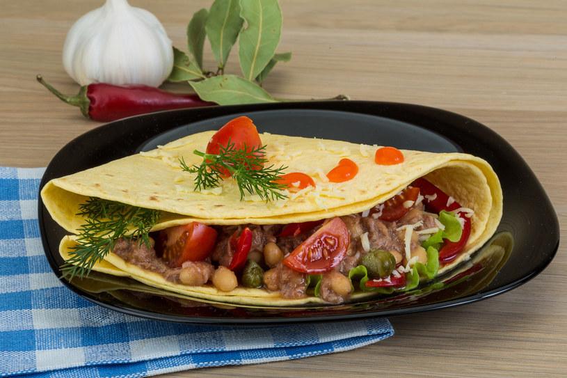 Tortilla z tuńczykiem /123RF/PICSEL