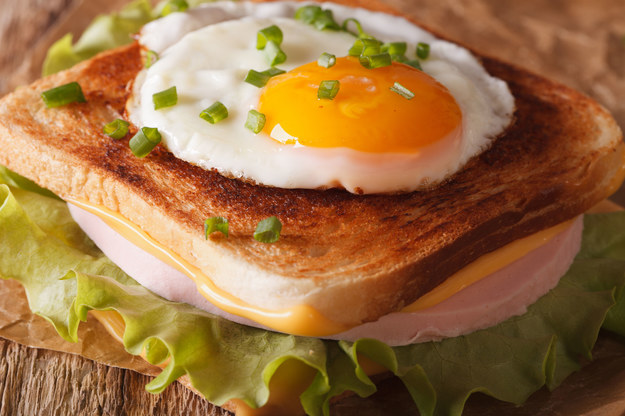 Tosty – croque-madame /123/RF PICSEL