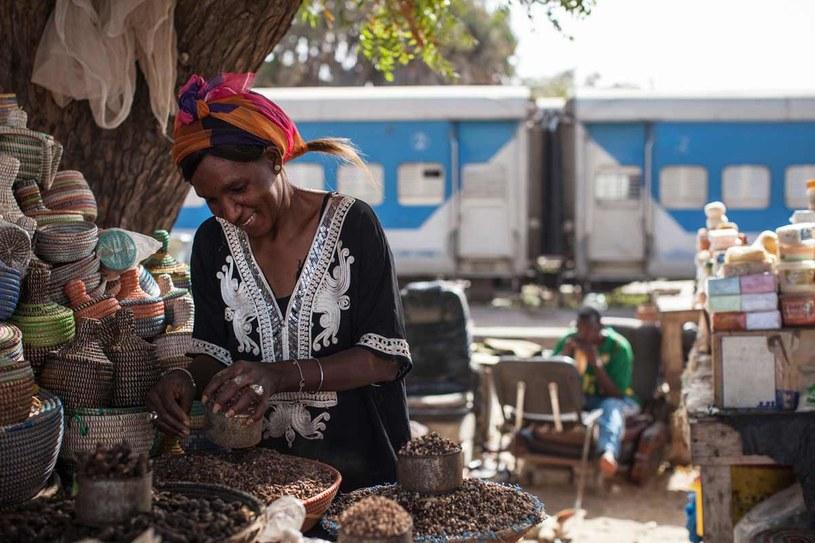 Towary z Mali przybywają tu pociągiem fot. Nichole Sobecki /The New York Times Syndicate