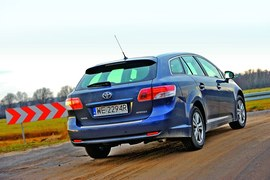 Toyota Avensis Wagon 2.0 D-4D Sol