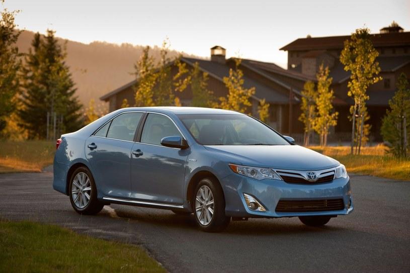 Toyota Camry Hybrid z 2012 /