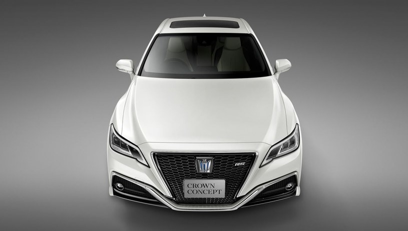 Toyota Crown Concept /
