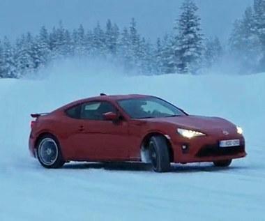 Toyota GT86 - śnieżny drift