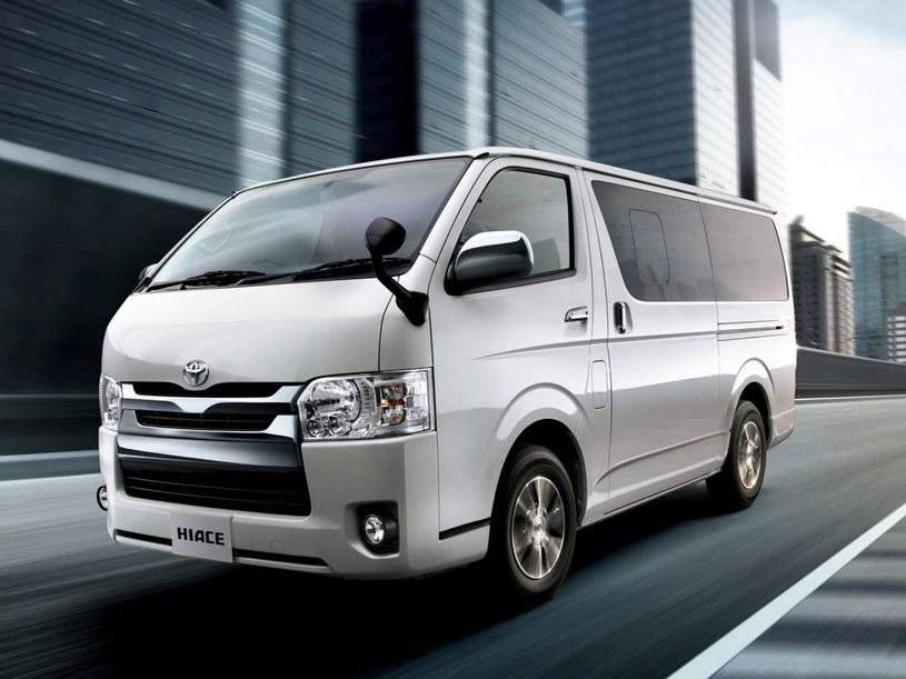 Toyota HiAce z 2013 roku /
