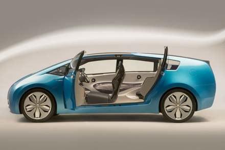 Toyota hybrid X / kliknij /INTERIA.PL