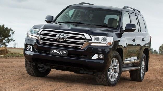 Toyota Land Cruiser V8 /Toyota