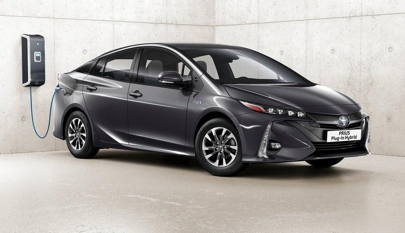 Toyota Prius Plug-In /